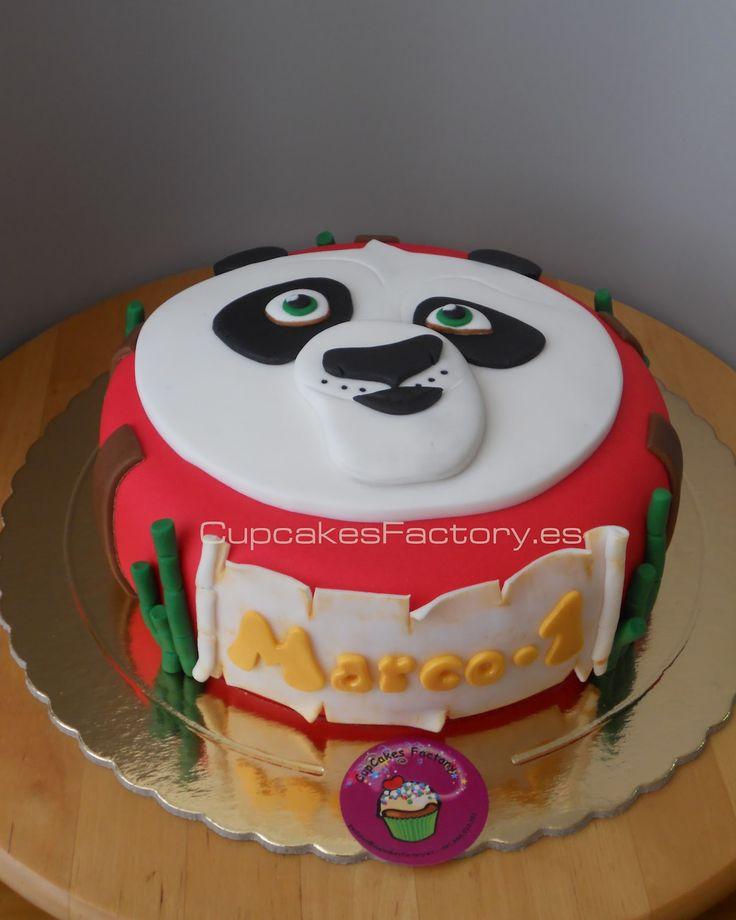 Esta tarta tiene una pequeñita historia, cual fue mi sorpresa cuando recibo una llamada desde Italia para pedir una tarta de kung fu panda...