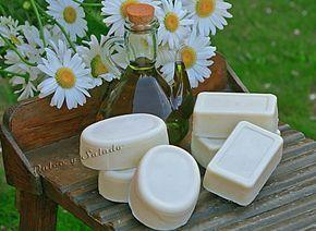 Este jabón está hecho como lo hacían nuestras abuelas durante generaciones en todo tipo de hogares. Se solían preparar grandes cantida...