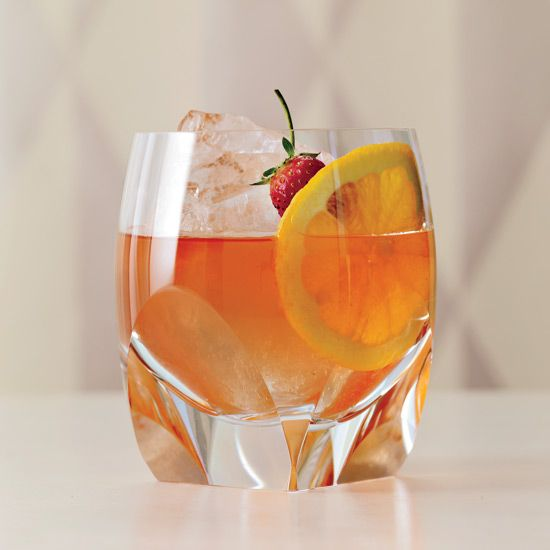 White Rum Cocktails RECIPES | Food & Wine http://www.foodandwine.com/slideshows/white-rum-cocktails?xid=slideshow_20140605_25249226