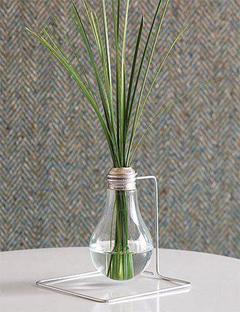 A Lightbulb Bud Vase    ReadyMade