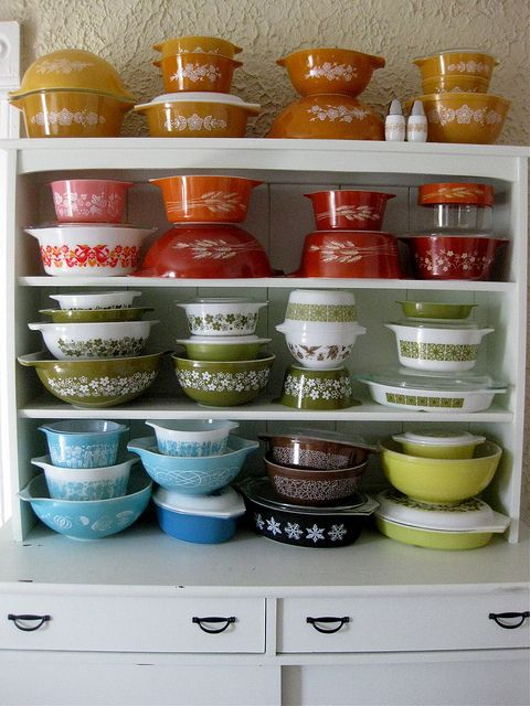 thami mitten's pyrex collection: Kitchens, Vintage Dishes, Decoration, Color, Pyrex Collection, Rainbows, Vintage Pyrex, Pyrex Bowls, Vintage Kitchen