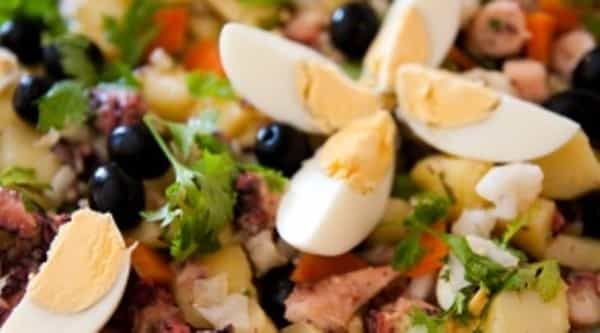 Salada de Polvo com Batata - https://www.receitassimples.pt/salada-de-polvo-com-batata/