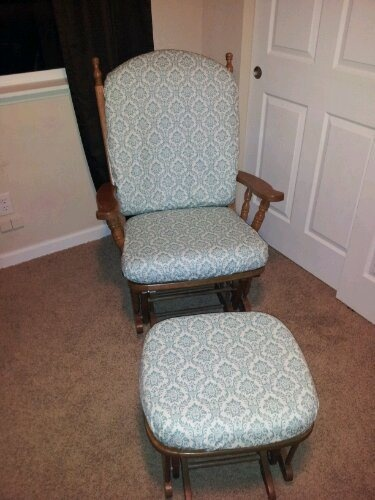 17 best images about old rocking chairs on pinterest furniture rocking chair makeover and rockers - Rocking chair cushion diy ...