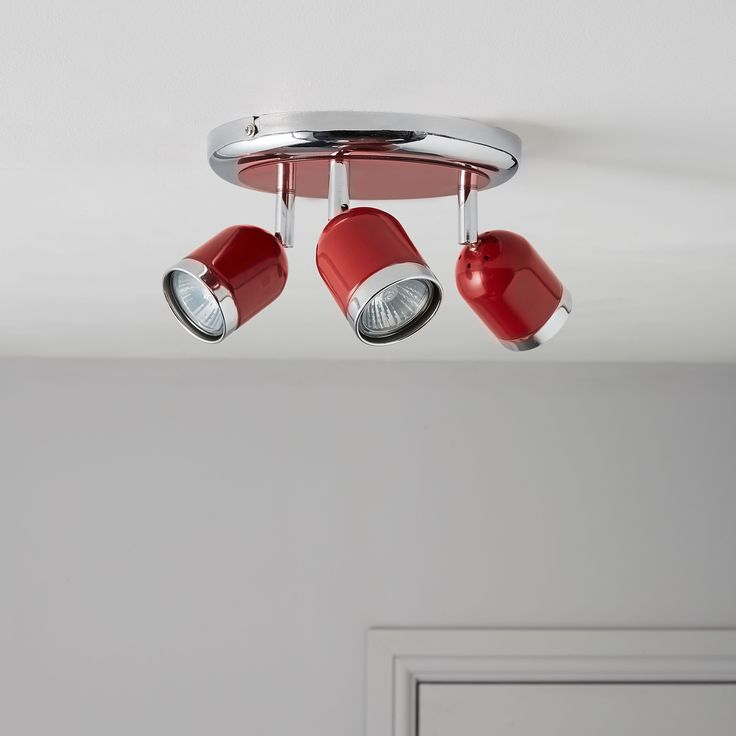 Edge retro red gloss 3 lamp round spotlight