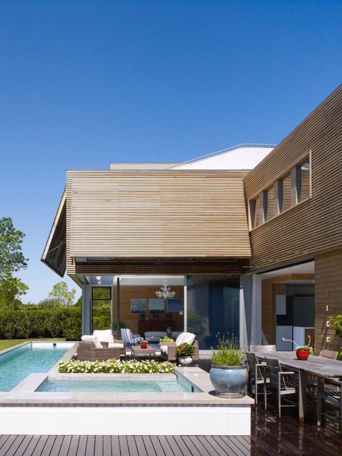 Austin Patterson Disston Architects designed an Hamptons