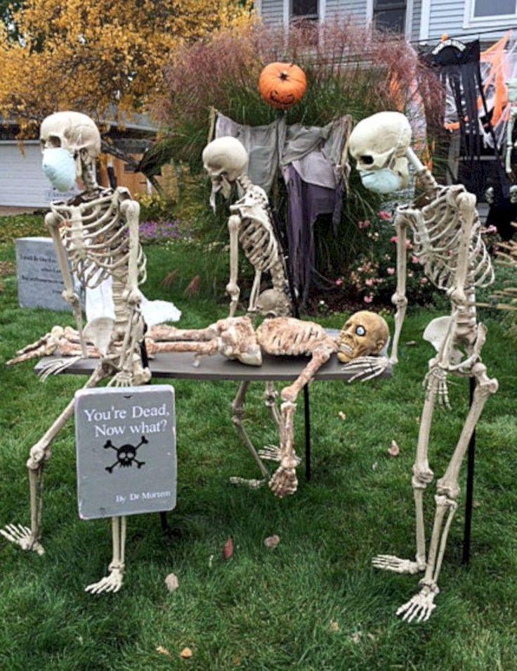 Nice 33 Cool Outdoor Halloween Decorating Ideas. More at https://trendecor.co/2017/11/10/33-cool-outdoor-halloween-decorating-ideas/ #outdoorhalloweendecorations