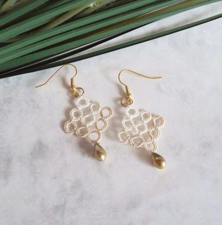 Tatting chevron earrings by TataniaRosa