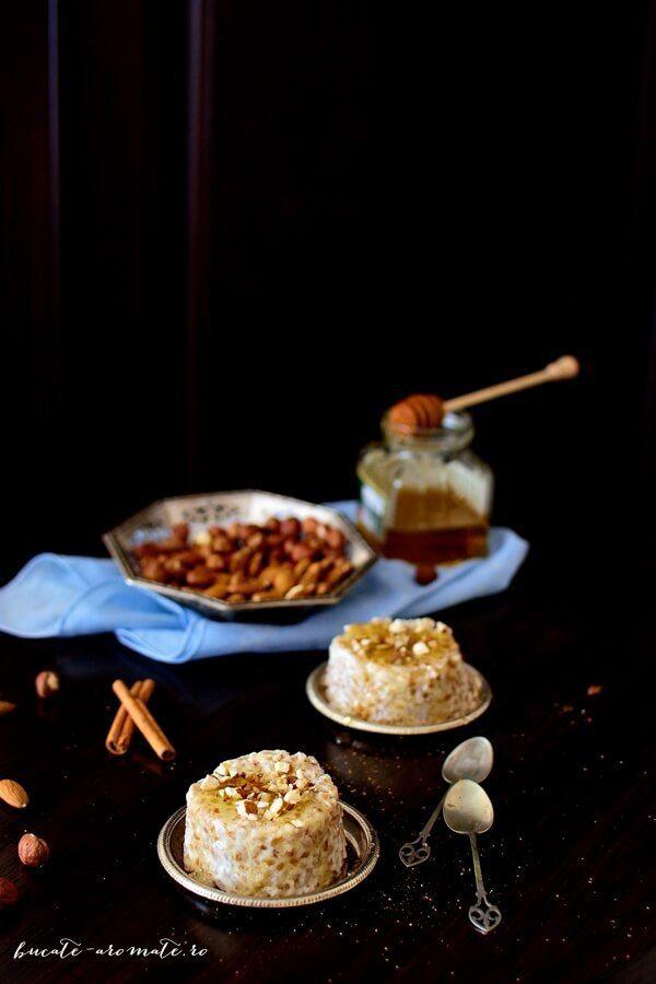 Arpacaș fiert în lapte cu scorțișoară, miere și nuci