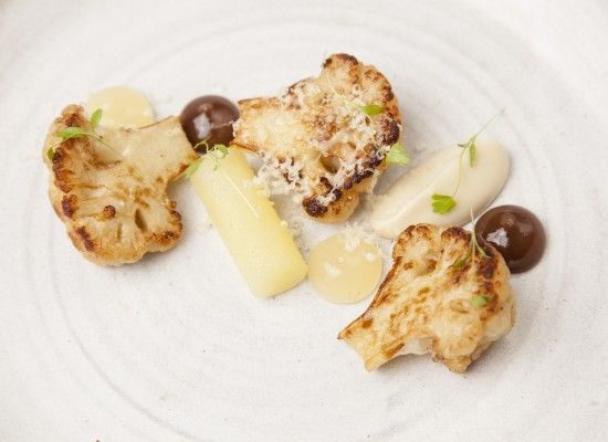 Nigel Mendham - Cauliflower with apple, raisin and cheddar