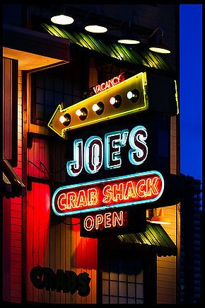 Joe's Crab Shack offers $10 off $40 purchase with coupon through October 5. http://www.bestfreestuffguide.com/Free_Joe%27s_Crab_Shack_Coupons