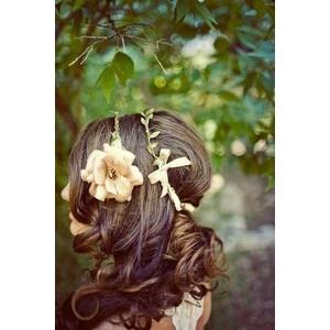 beautiful: Weddings Hairstyles, Flower Crowns, Hairs Idea, Hairs Piece, Fairies Hairs, Hairs Styles, Girls Hairstyles, Hairs Accessories, Outdoor Weddings