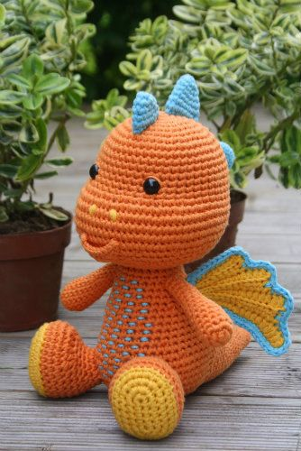 PATTERN - Lars the Dragon - crochet pattern, amigurumi pattern, PDF
