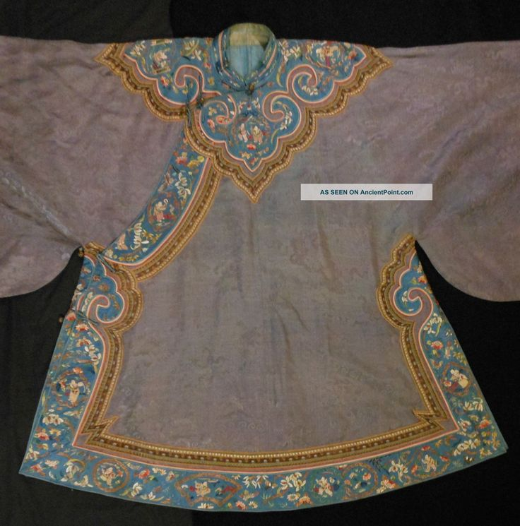 ancient chinese robes | Chinese Embroidered Gray Silk Short Robe With Cloud Collar Robes ...
