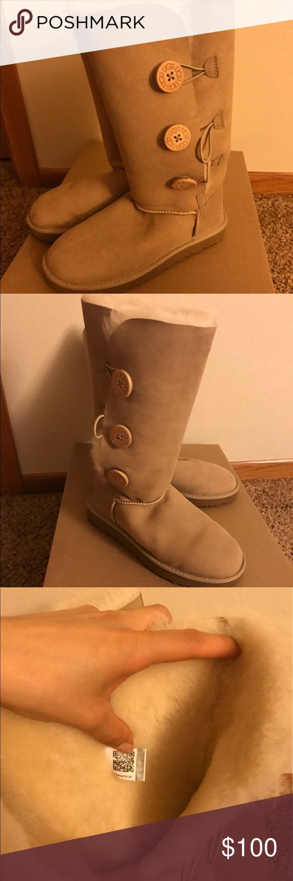 Ugg boots Ugg boots with 3 buttons, with original box. UGG Shoes