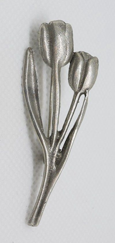 Twee tulpen broche verzilverd Two Tulp broche silver color