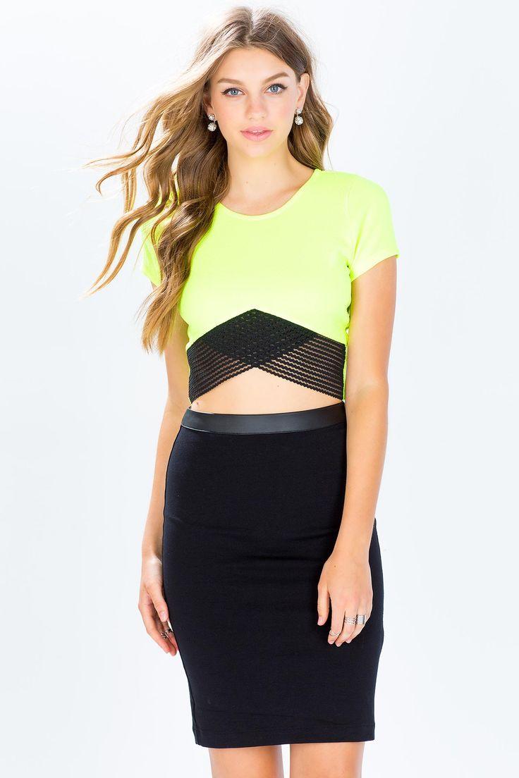 Топ Размеры: S, M, L Цвет: неоновый желтый Цена: 271 руб.     #одежда #женщинам #топы #коопт