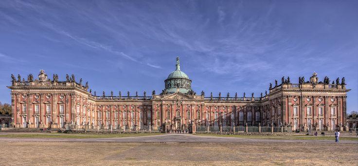 Neues Palais | Das Neue Palais ist ein Schloss an der Westseite des Parks Sanssouci in Potsdam.