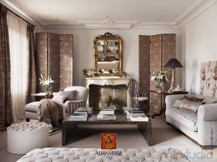 #brąz #brązowy #brown #wnętrze #salon #dekoracje #dekoracjewnętrz #interior #wnetrza #kanapa #sofa #jadalnia #livingroom #aranżacja #architekt #mkstudio #tkaniny #tkaninyobiciowe #styl #stylowo #luxury #architect >> http://www.mkstudio.waw.pl/dekoracje/tkaniny-obiciowe/