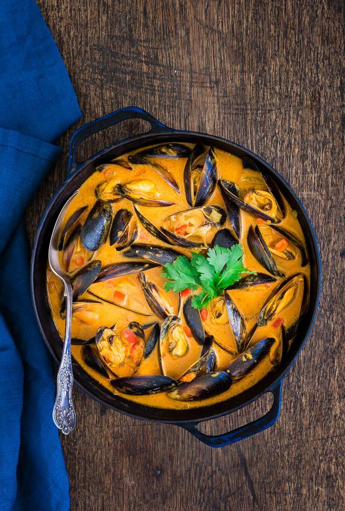 Today I am sharing my version of a Tanzanian seafood curry. The mussels are cooked in a sauce spiced with cloves, cardamom, coriander and…   #africanrecipe #curry #seafoodcurry