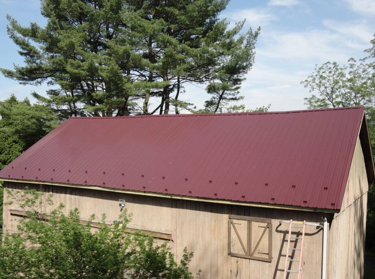 Best Image Result For Barns With Burgundy Metal Roof Metal 400 x 300