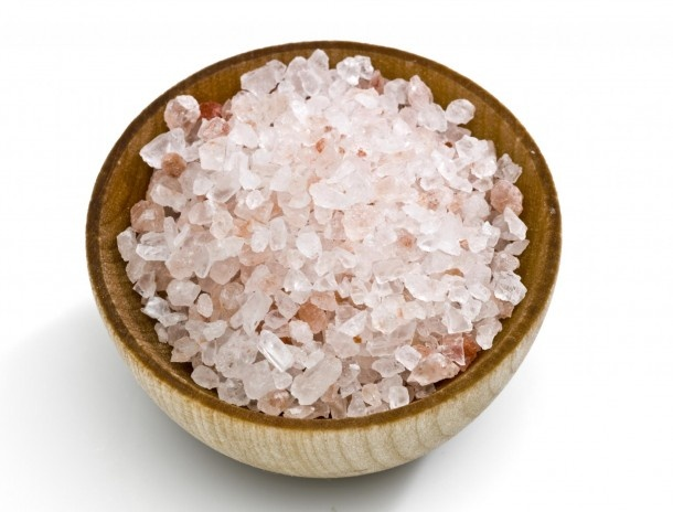 Pink Hawaiian Sea Salt provides your body with 84 different minerals that your body significantly needs. Pink sea salt also manages your pH balance, creates an alkaline state in your body, and cuts down on a lot of water retention.