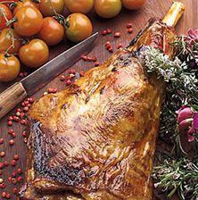 Δύσκολα αντιστέκεται κάποιος σε ένα τόσο γιορτινό και συνάμα απλό φαγητό. Εμβληματικό για το πασχαλινό, και όχι μόνο, τραπέζι των Ελλήνων