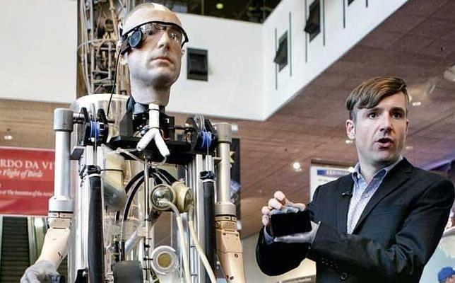 El Frankenstein del siglo XXI: el primer hombre biónico http://w.abc.es/ywh5bz