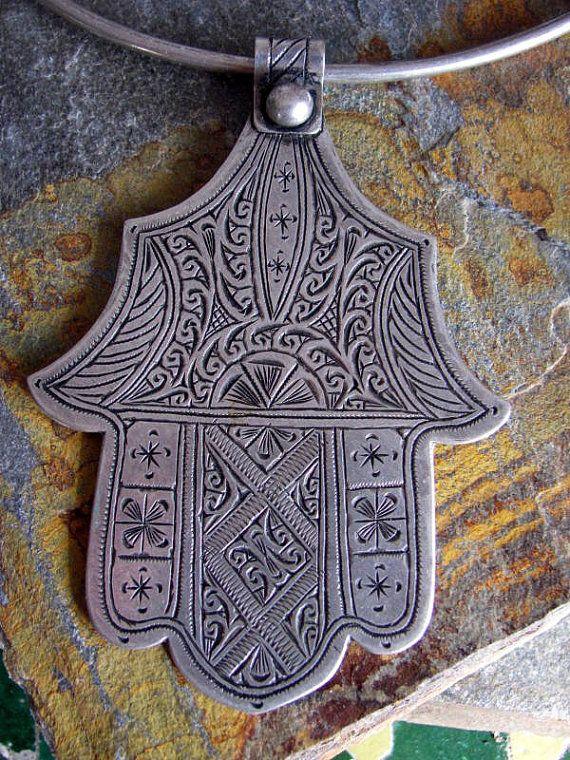 Moroccan Old  Berber Silver Hamza Choker by ArabiaEmporium on Etsy, €60.00