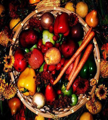 7 alimenti che dovremmo mangiare con la buccia  http://ambientebio.it/7-alimenti-che-dovremmo-mangiare-con-la-buccia/