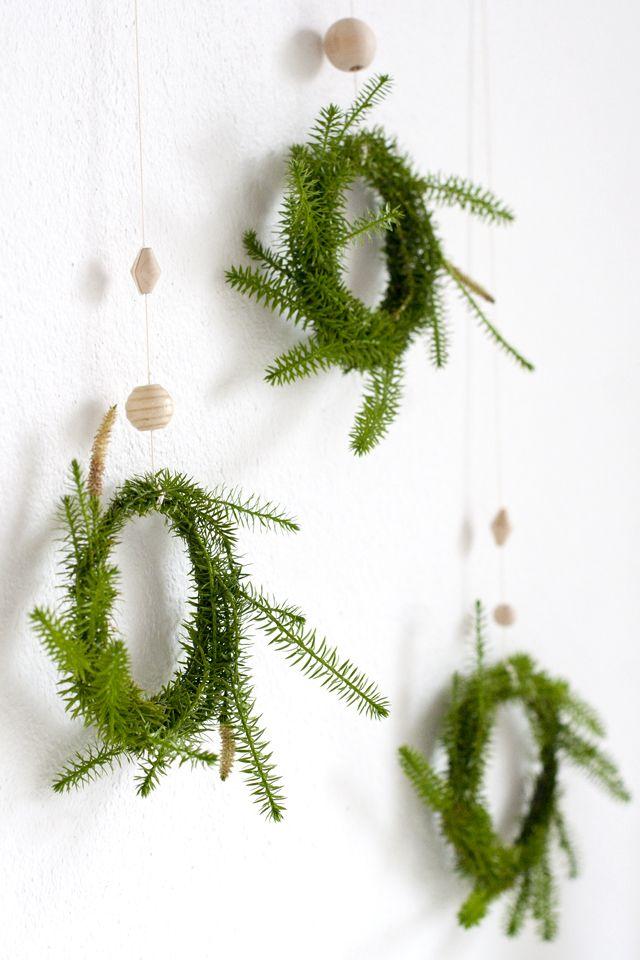 UKKONOOA: Pienet kranssit / Mini Wreaths