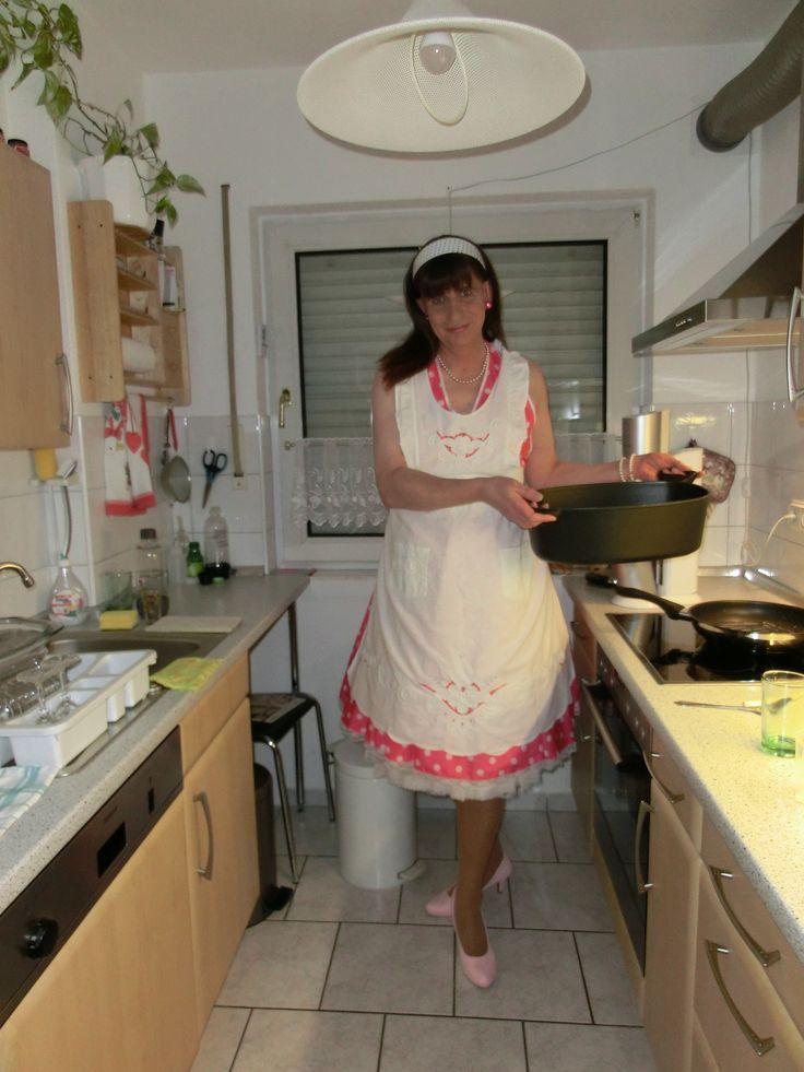 635 b sta bilderna om gender role reversal p pinterest for Modern housewife