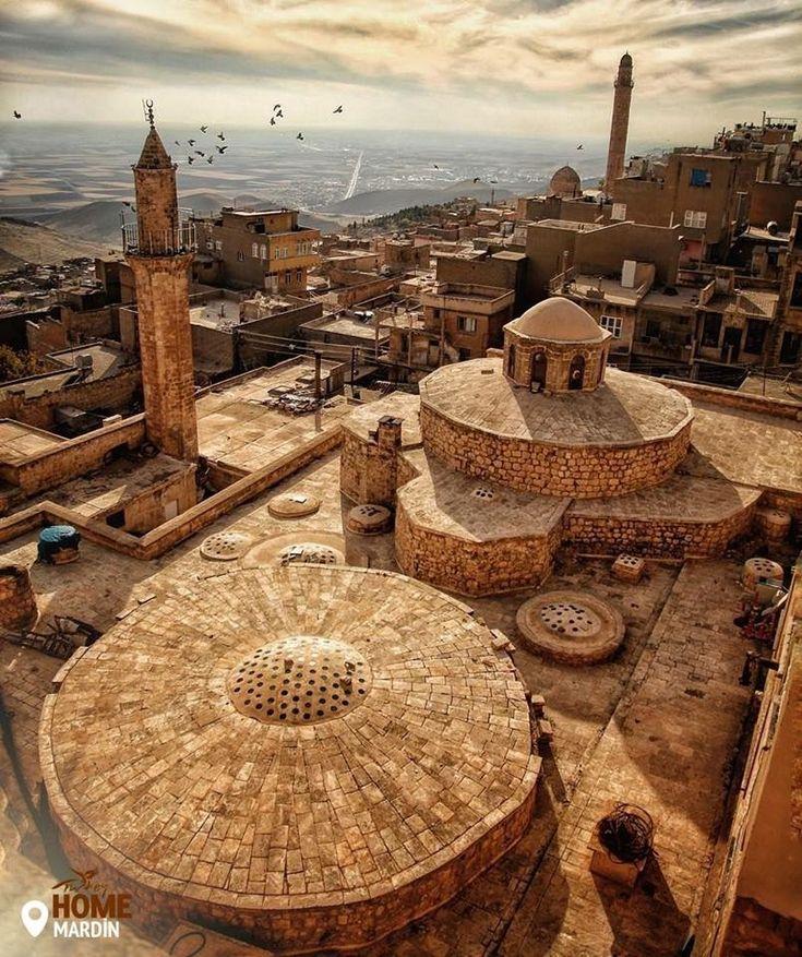 Це відчуття, коли ви гуляєте стародавнім містом сповненим життям. Фото: latifakman/IG  #Turkey #Homeof #Mardin