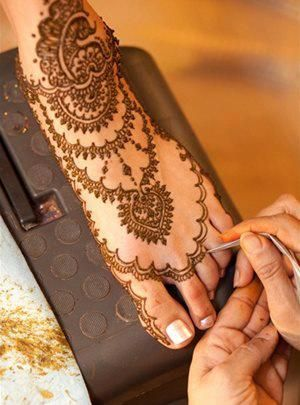For members of the wedding party that would not like their hands henna'ed :)