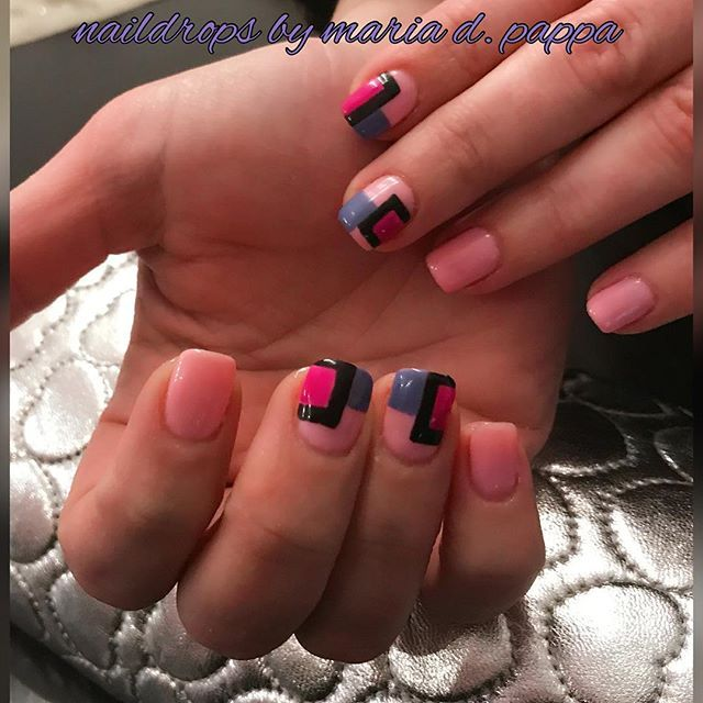#manicure #pinknails #geometricalnails