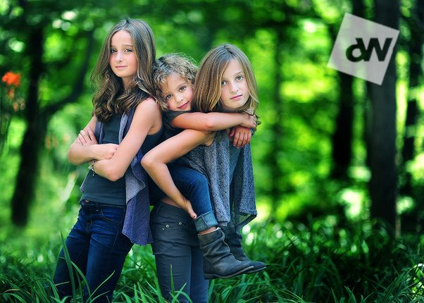 Tips on nailing sharp images with an extremely shallow depth of field  by Audrey Woolard: Shallow Depth, Group Photography, Photo Ideas, Kids Photography, Kids Poses, Sibling Poses, Photography Tips, Depth Of Fields, Sibling Photo