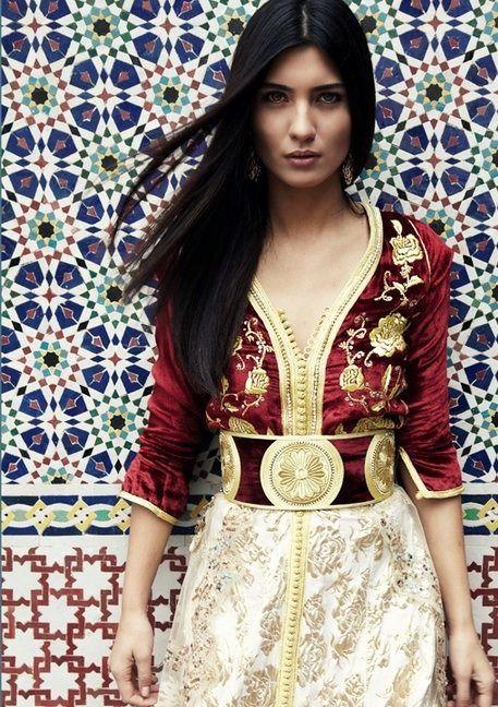Beautiful #Moroccan #tile, beautiful Moroccan girl, beautiful velvet embroidered Moroccan #caftan. design decor fashion