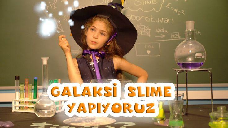 Rengarenk simlerle pırıl pırıl parlayan ve muhteşem kıvamı ile oyun oynaması çok eğlenceli olan galaksi simli slime yaparak, sen de Isabella'ya ve Pokito'ya katılabilirsin. Nasıl yapıldığını izlemek için videoyu izle;)  #isabelladamlagüvenilir #slime #galaxislime #elifdizisi #diy #kendinyap #galaksislime #simlislime #fun #kids #family