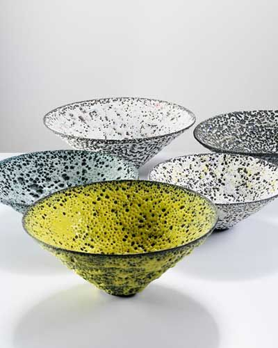 Delicate shapes - Lucie Rie