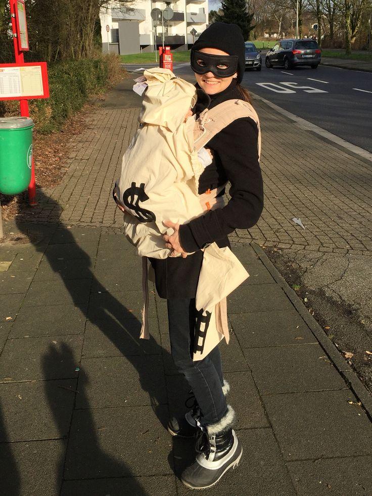 Babywearing costume Halloween Fasching Karneval Kostüm Tragetuch