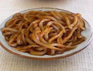 I lombrichelli al sugo..  Foto di Tuscia maremma.Typical handmade pasta from Tuscia.So gooood!!