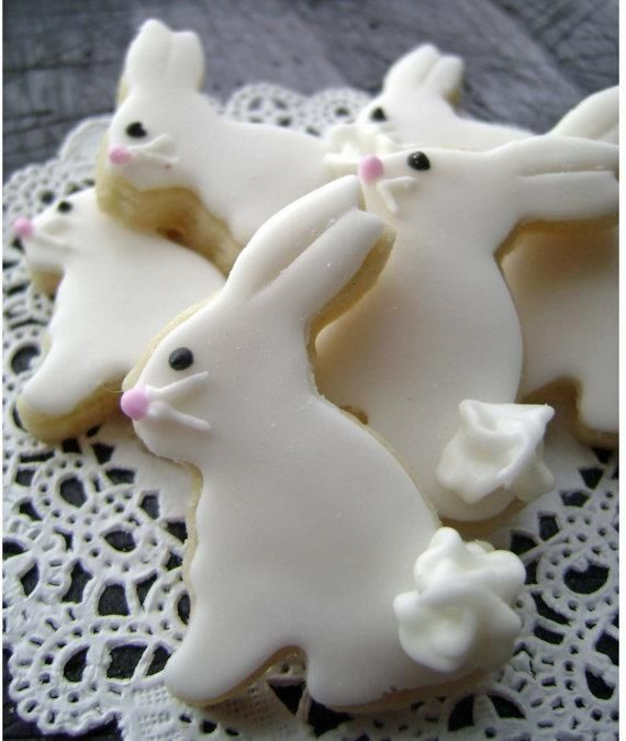 Easter bunny cookies with cute frosting tails