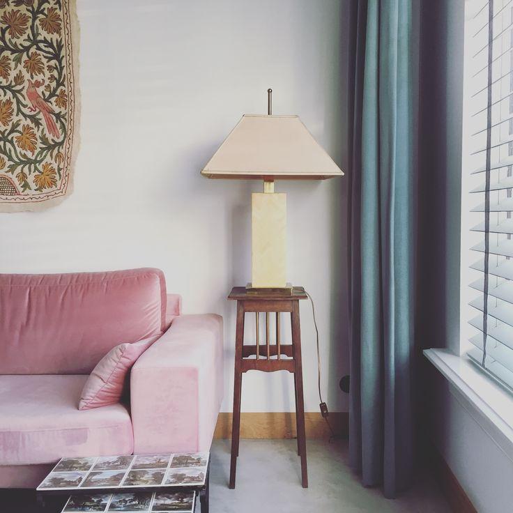 concerte floor, velvet couch, vintage interior,