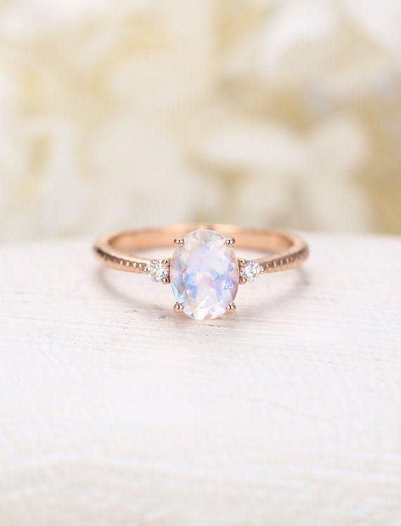 Anillo de compromiso de piedra lunar oro rosa Anillo de compromiso vintage Diamante ovalado mujeres de boda Diseño único Regalo de aniversario nupcial de tres piedras   – Bridal Accessories