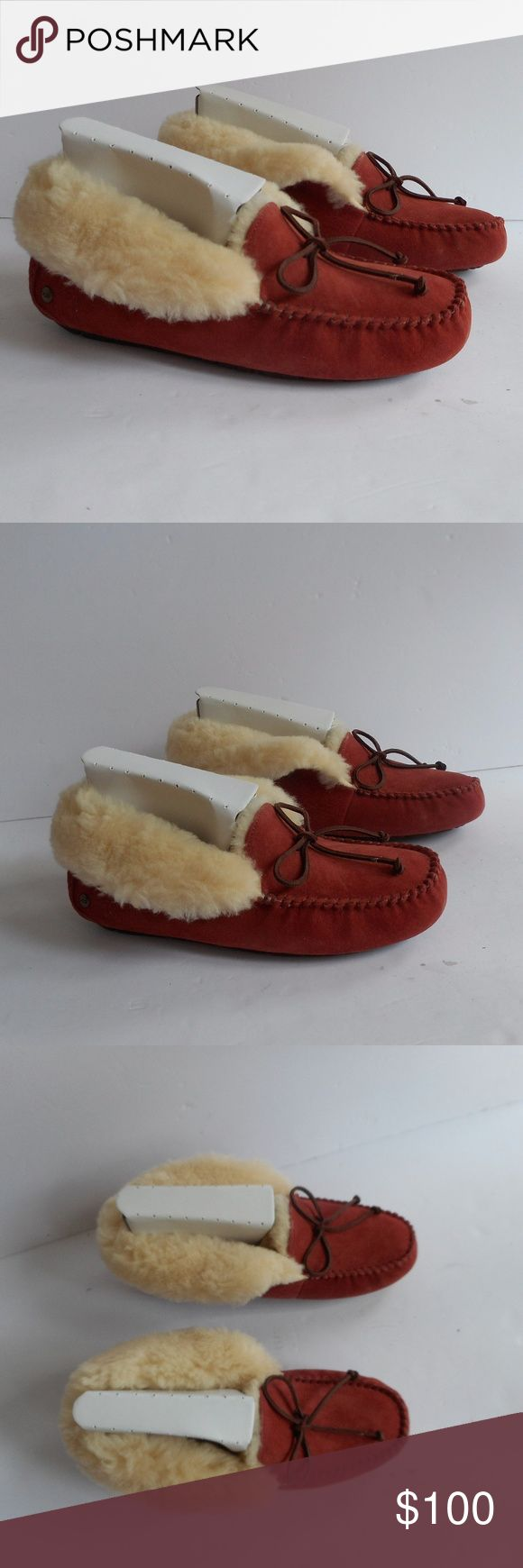 Ugg Alena Spice Orange Slipper UGG AUSTRALIA ALENA ANSLEY DAKOTA SIZE 9 Indoor Outdoor Slippers Water-resistant uppers beautiful color! so comfortable and great quality  New in the box Women's ugg boots ugg shoes UGG Shoes Moccasins