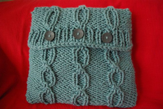 Knitted turquoise/green cushion cover