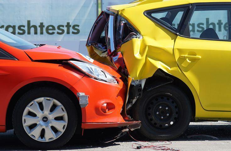 Každodenne sa na cestách stáva niekoľko dopravných nehôd. Ľudia pri nich utrpia nielen škody na svojom zdraví, ale škodu pocítia často aj na svojom aute. Takáto škoda sa buď dá opraviť, alebo môžete v priebehu