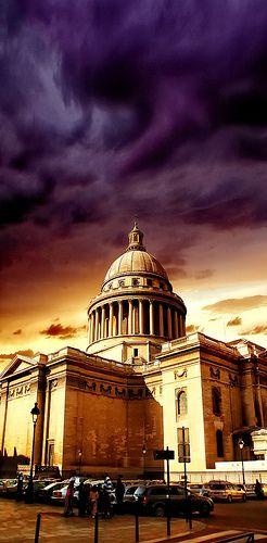 "The #Pantheon, #Paris .................. #GlobeTripper® | https://www.globe-tripper.com | ""Home-made Hospitality"""