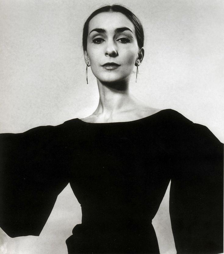 Pina Bausch, 1966 by Walter Voge