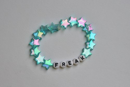 Freak iridescent star bracelet cute kawaii beaded pastel beautiful shiny blue…