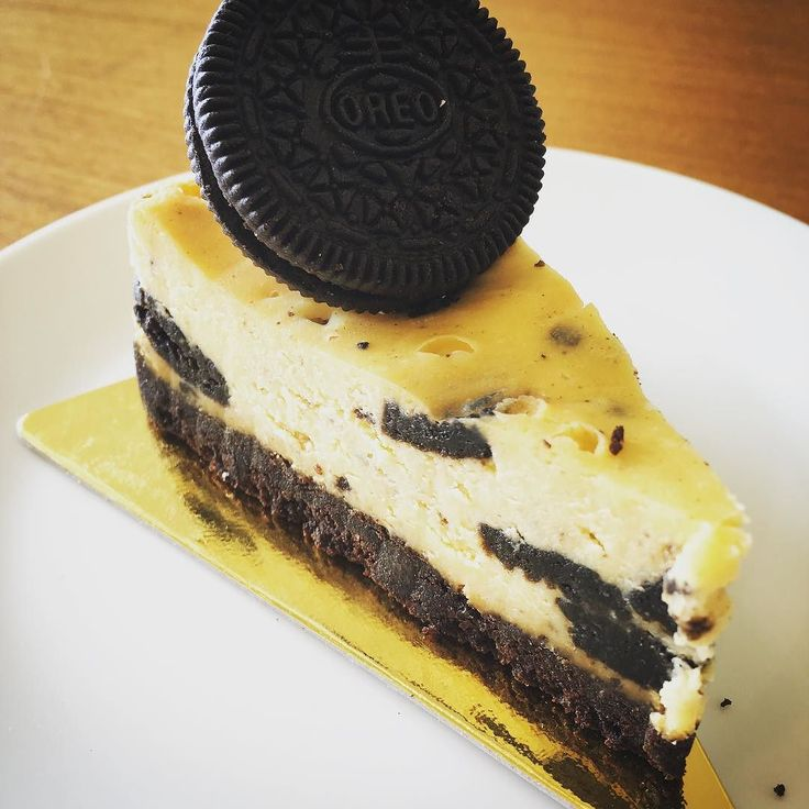The Oreo cheesecake at Java! #rayongmarriott #marriott #cheesecake #rayong #dessert #food #desserts #yum #yummy #amazing #instagood #instafood #sweet #chocolate #cake #icecream #dessertporn #delish #foods #delicious #tasty #eat #eating #hungry #foodpics #sweettooth